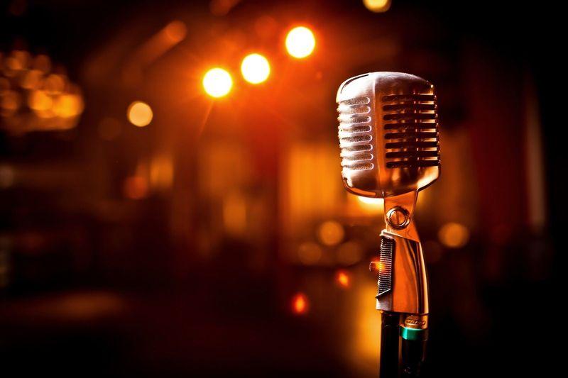 22379 - Grandes cantantes [Nivel fácil]