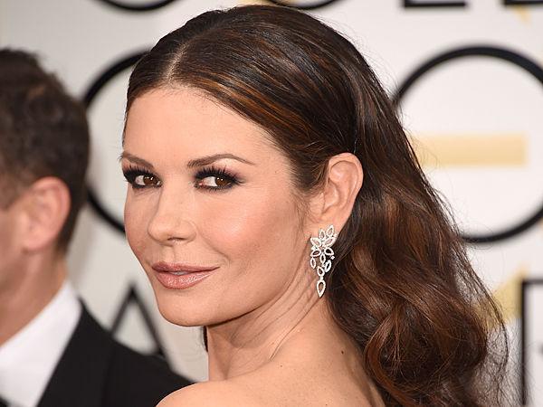 ¿Tiene 50 o más de 50 años la actriz Catherine Zeta-Jones?