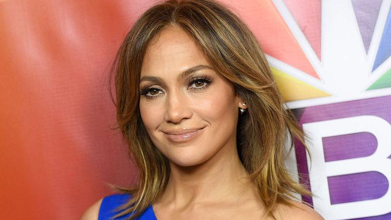 ¿Tiene 50 o más de 50 años la cantante Jennifer Lopez?