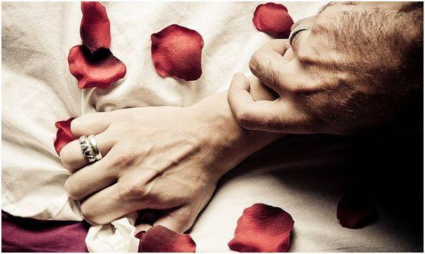 Si tu pareja te propone una noche de pasión: