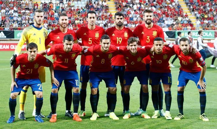 22617 - ¿Conoces a estos futbolistas de la nueva Roja?