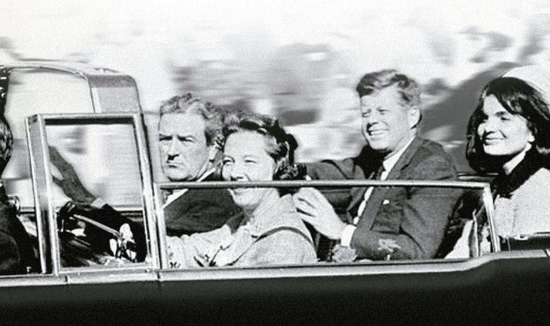 ¿En qué fecha tiene lugar el asesinato contra el presidente de los Estados Unidos, John F. Kennedy?