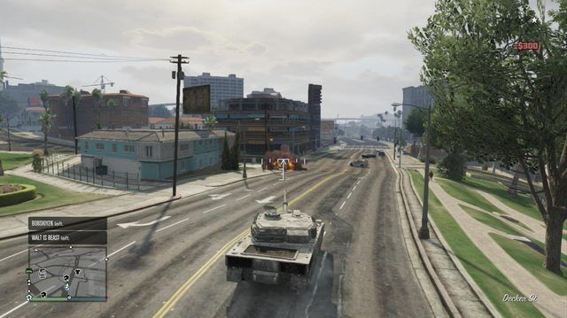 ¡INCONSCIENTE! Un tanque ha llegado y te ha volado por los aires porque se aburría. Suerte la próxima vez.