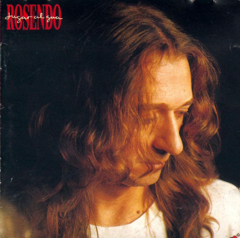 Rosendo(Flojos de pantalón):Surge la escena en un salón  niñas en _____ momias poniendo precio  ambigüedad.