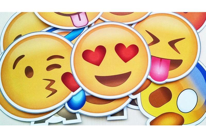 23278 - ¿Sabes lo que realmente significan estos Emojis?