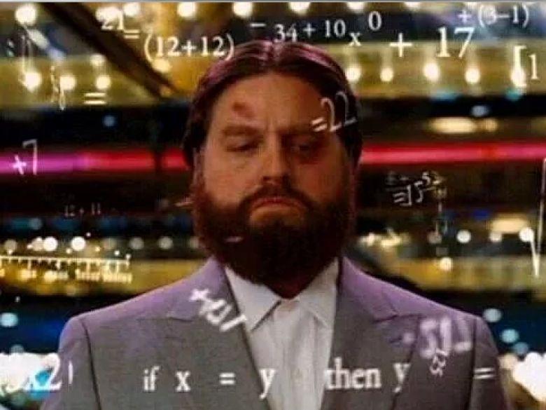 Existe un número en la formula del daño que obtiene valores aleatorios. Cuál es su dominio? (ahí todo matemático)