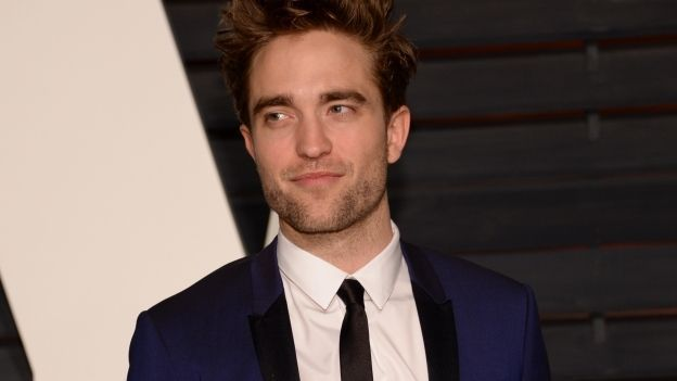 ¿Cuál es la obsesion/adicción de Robert Pattinson ?