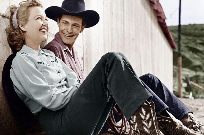 ¿Qué diferencia había al principio entre los pantalones vaqueros de hombre y los pantalones vaqueros de mujer?