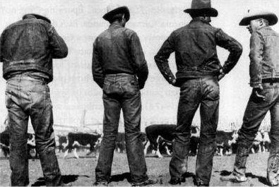 ¿En qué año fueron inventados los primeros pantalones vaqueros?