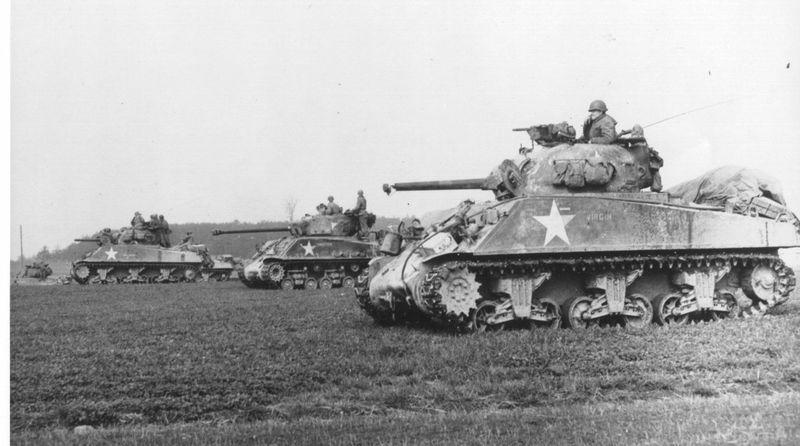 El M4 Sherman fue el blindado insignia estadounidense de la guerra. Era un buen vehículo pero tenía un curioso mote. ¿Cúal?