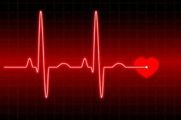 El corazón de las mujeres late más rápido que el de los hombres