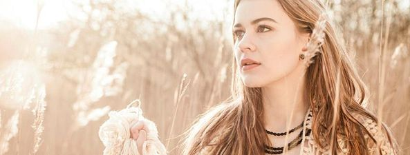 Ganador/a 2013:Emmelie de Forest-Only Teardrops