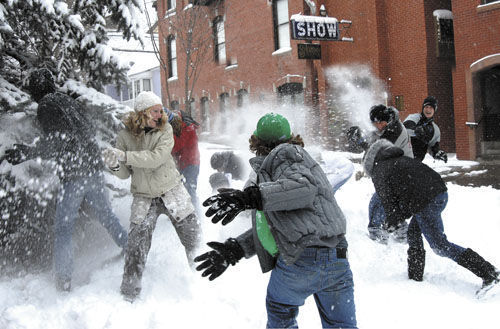 En este país se prohíbe lanzar bolas de nieve.