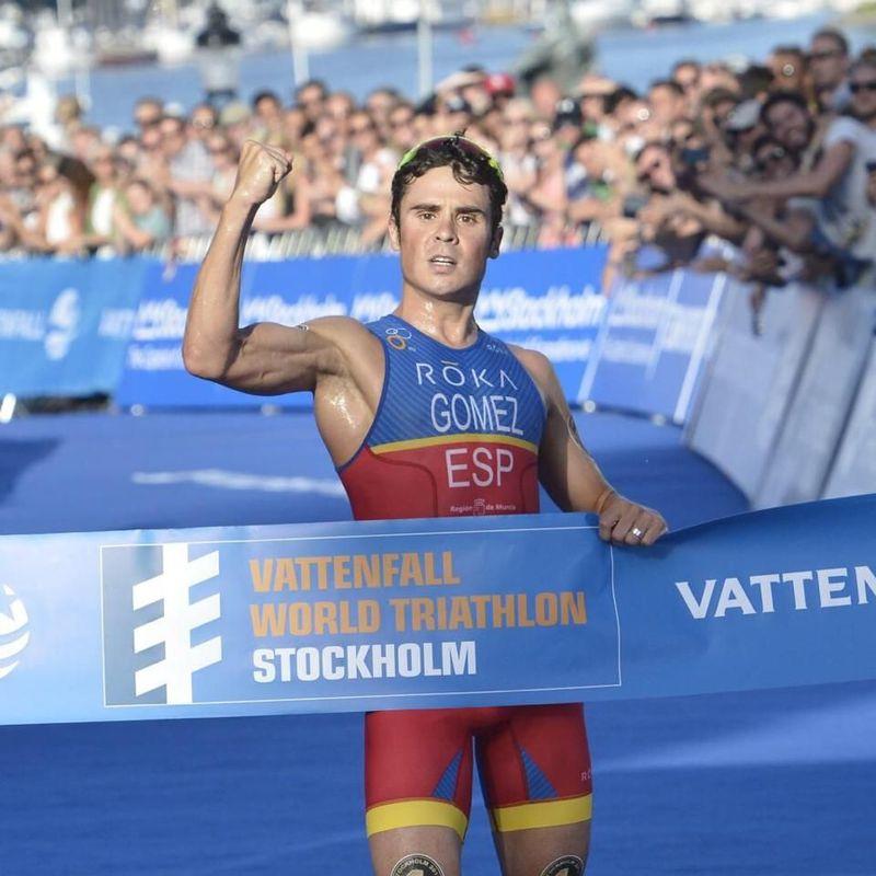 ¿Qué distancia de triatlón suele hacer Javier?