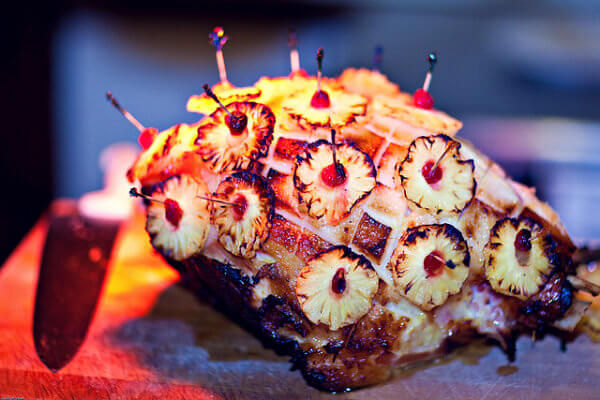 ¿En qué País es típico comer en Navidad el Jamón Asado con Piña?