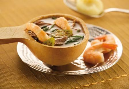 ¿En qué País es típico comer en Navidad Sopa okra?