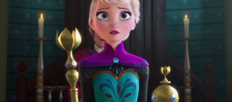 Primero una fácil, ¿quién aparece en Frozen antes de la coronación de la Reina Elsa?
