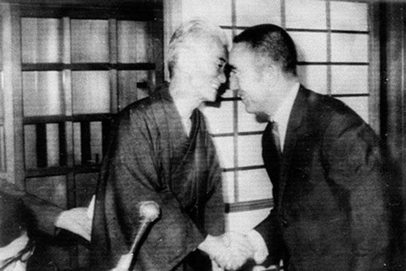 ¿Kawabata o Mishima?