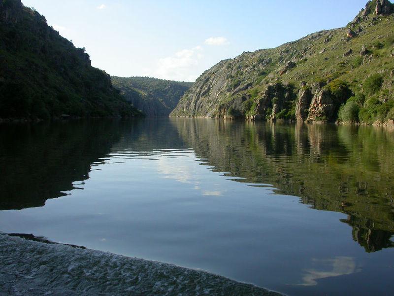 ¿Cuál de estas ciudades pasa el río Duero?