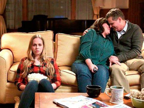 Estás viendo una película con tus padres. Una escena erótica. ¿Cómo reaccionarás?