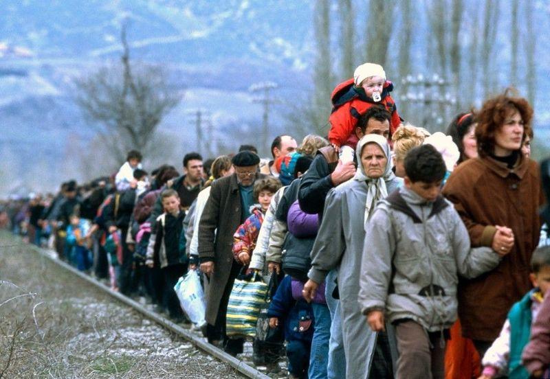 Respecto al tema de los refugiados