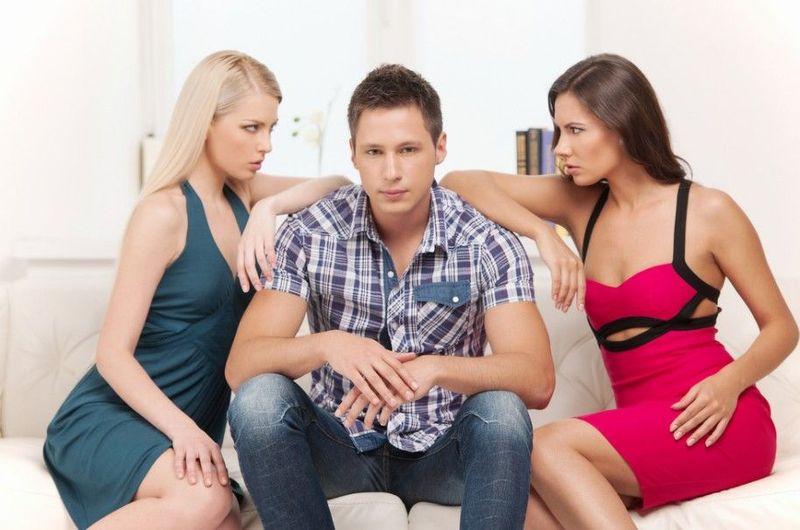 24690 - Decisión difícil: escoge entre estos dos tipos de Mujer. Parte 3