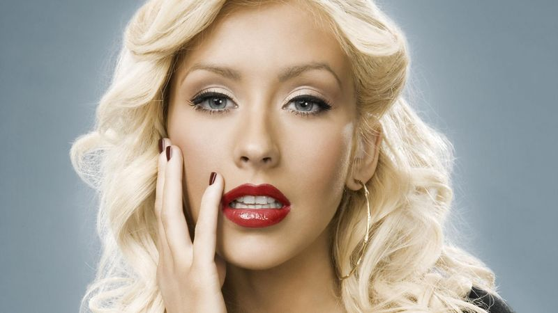 ¿Cuál es el registro vocal de: Christina Aguilera?.