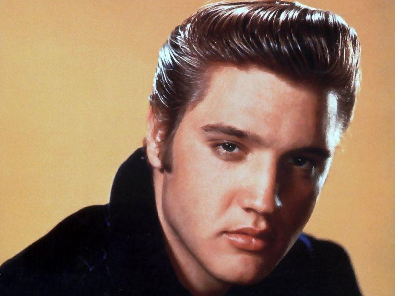 ¿Cuál es el registro vocal de: Elvis Presley?.