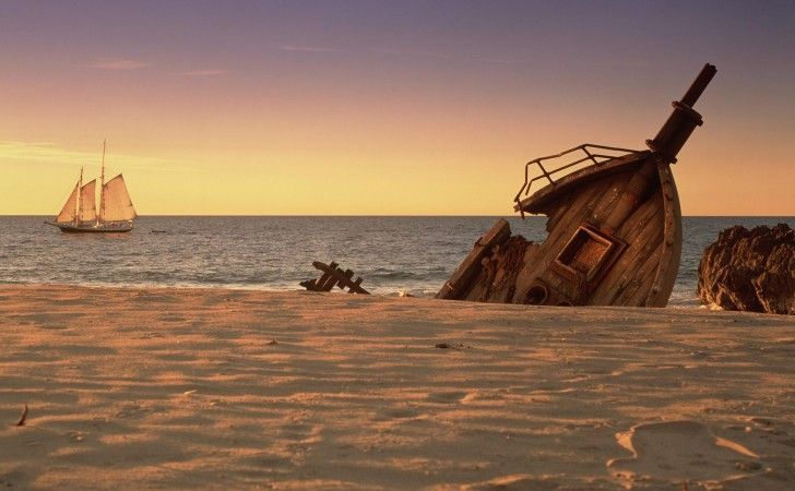 Eres el capitán de un barco que a naufragado os morís de hambre y un compañero de abordo a bebido agua de mar, decides: