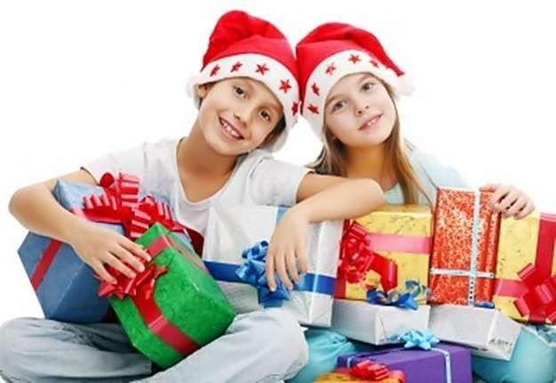 ¿Crees que hoy en día a los niños de entre 4-12 años aprox. se les hacen muchos regalos en el día de Papá Noel y/o los Reyes?