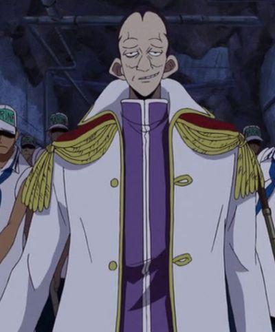 Aunque sea relleno, es un marine muy reconocido, ¿podrías decir el nombre de éste, la gran amenaza para los piratas?