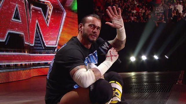 ¿A qué luchadores  nombra CM Punk en su famoso Pipe Bomb?
