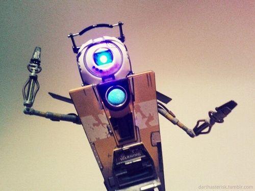 Robots con sentido del humor y maldad : ¿Claptrap o Weathley?