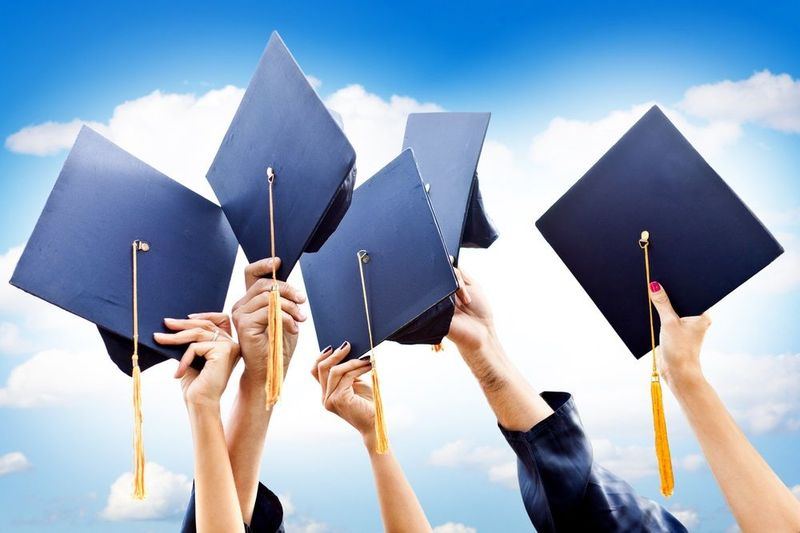 25201 - ¿Ir a la universidad?