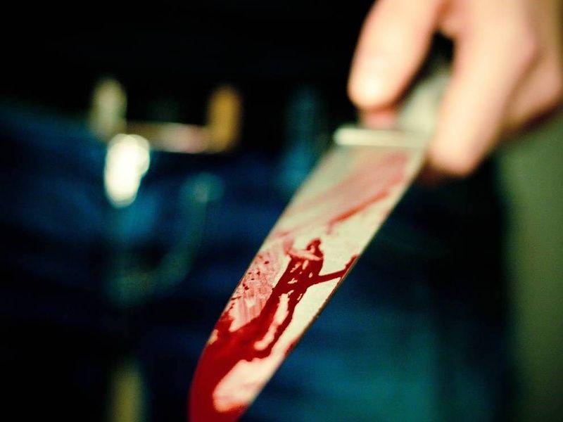 Un hombre mató a un miembro de tu familia,pero está herido y tienes la oportunidad de hacerle lo que quieras ¿Qué harías tu?