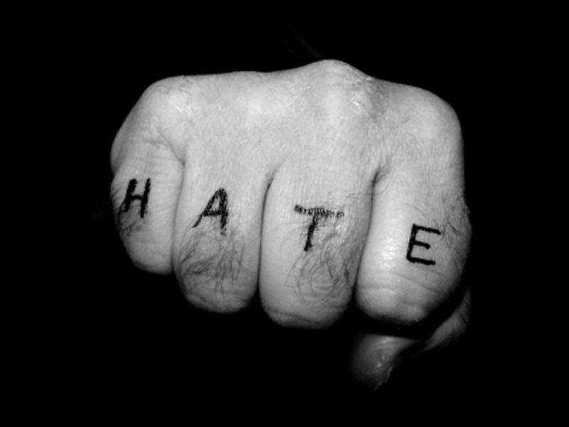 Tienes la oportunidad de hacerle lo que quieras a la persona que más odias ¿Qué harías?