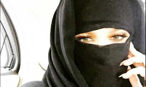¿Estarías con alguien que llevara siempre burka?