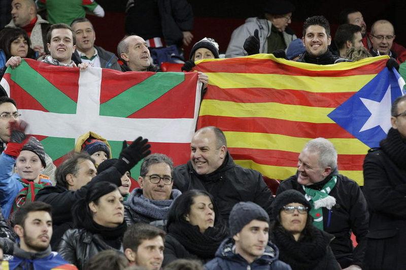 ¿Crees que los problemas con Cataluña y País Vasco irían a mejor con una República?