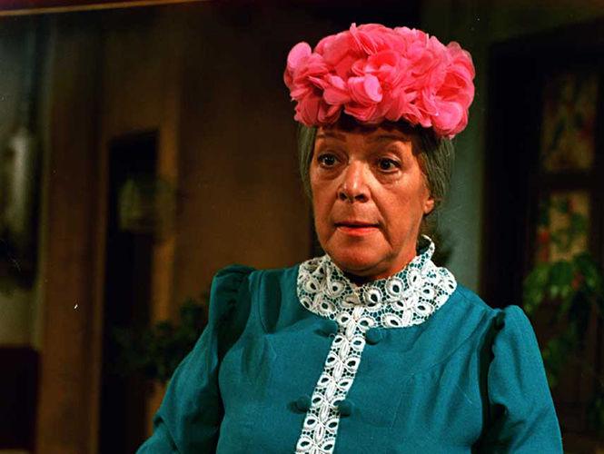 ¿Cual de estas afirmaciones sobre Doña Clotilde es falsa o no es del todo cierta?