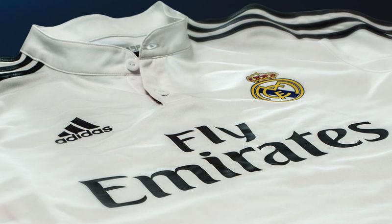 ¿Qué colores se usaron para los uniformes a lo largo de la temporada?