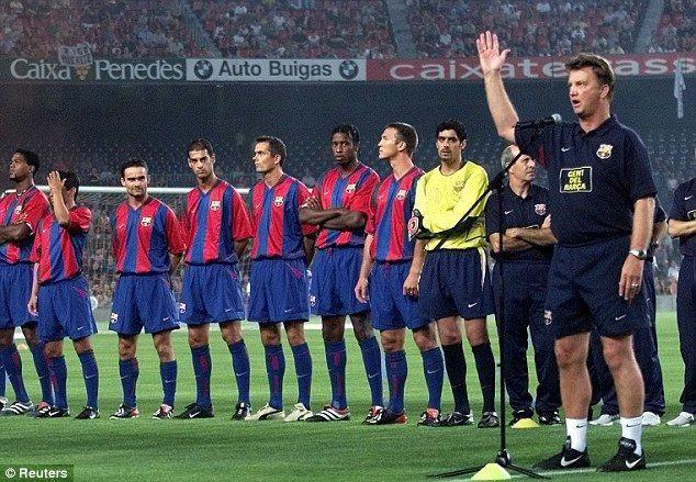 ¿En qué puesto se encontraba el F. C. Barcelona que ocasionó su destitución en su segunda etapa como entrenador en el club?