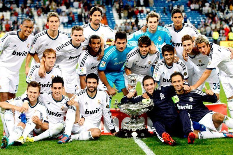 Trofeo Santiago Bernabéu. ¿Cuál fue el marcador? ¿A qué leyenda madridista se homenajeó?