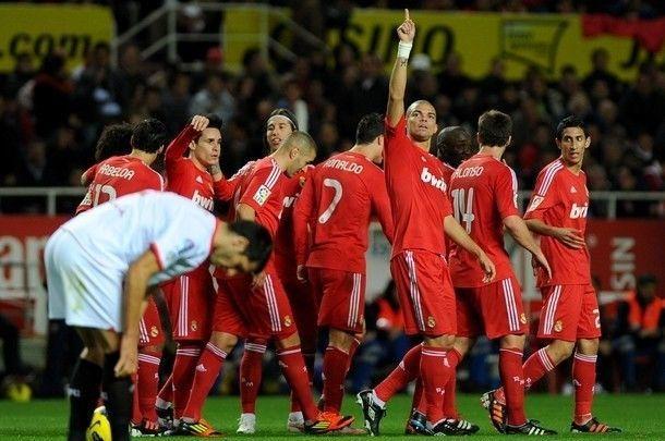 ¿Cuál fue el marcador ante el Sevilla en la jornada 16? ¿Qué jugador marcó un hattrick?