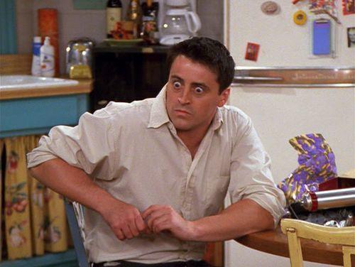 ¿Qué idioma se la da muy mal a Joey, que se sepa?