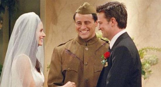 ¿Qué le regala Phoebe a Mónica por su boda?