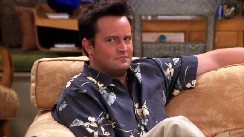 ¿Qué actriz dejó a Chandler en bragas en un restaurante?
