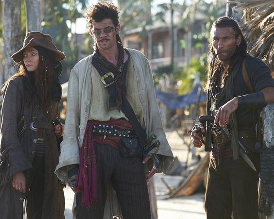 Vuelves a Nassau con UN botín, pero tu enemigo se ha adueñado del fuerte y no dejará que tu barco entre en la bahía.