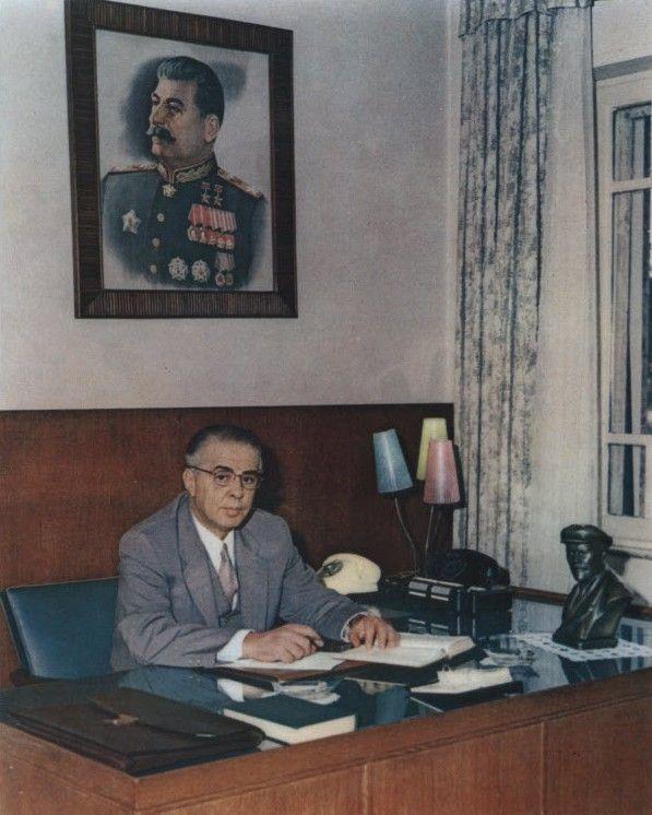 ¿Hoxha o Mao?