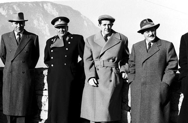 ¿Hoxha o  Tito?