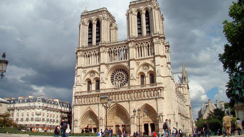 La Catedral de Notre Dame, París, Francia.